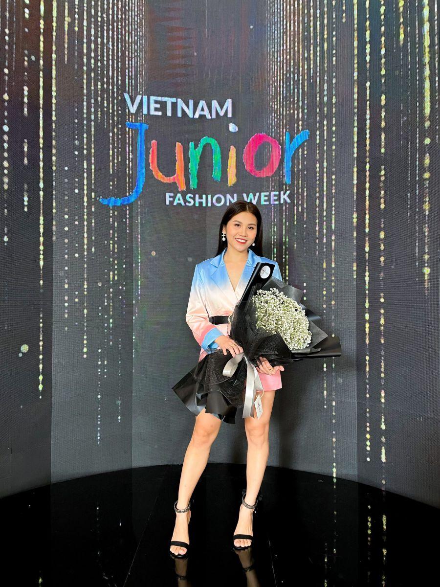 """Vén bức màn bí ẩn Vietnam Junior Fashion Week lộ diện thương hiệu thời trang """"Trùm cuối"""" 5"""